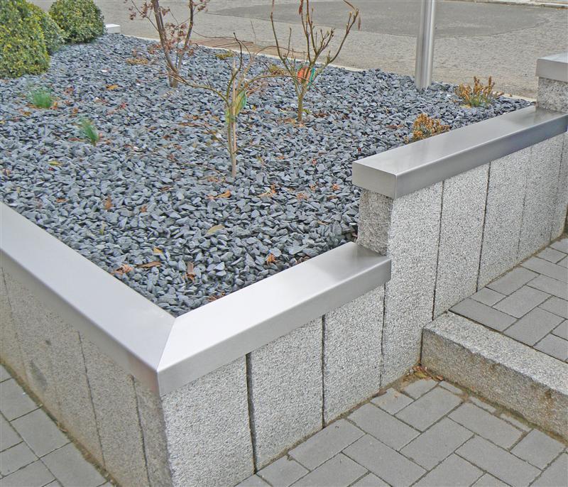 Maison jardin ferronnerie m lter feyen for Protege mur inox