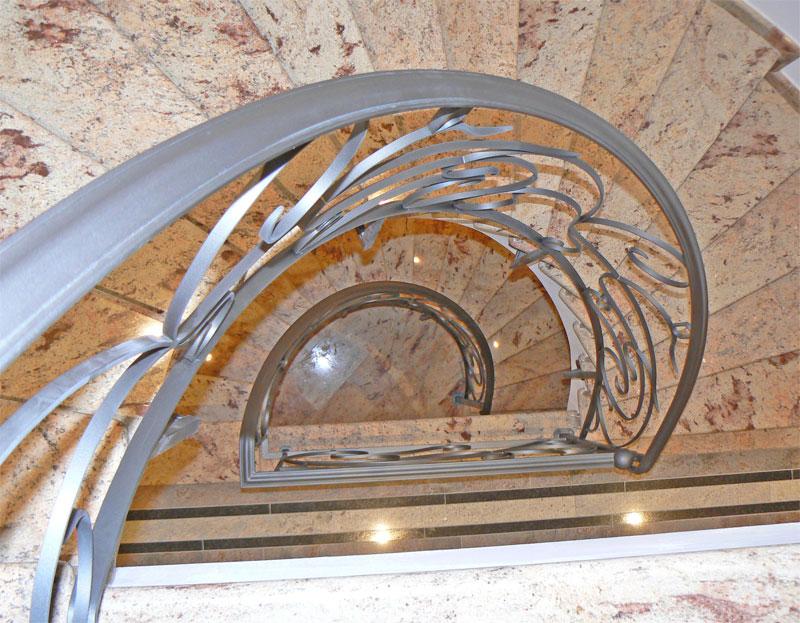 Ferronnerie d 39 art style horta ferronnerie d 39 art belgique for Garde maison pendant vacances belgique
